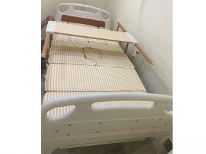 giường bệnh nhân 4 tay quay chất lượng cao